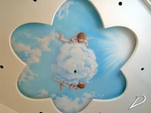 Роспись потолка в детской комнате