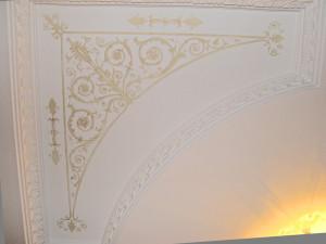 узорна-потолке
